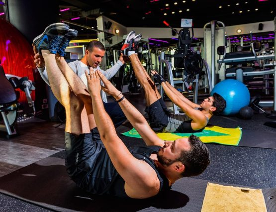 personal-training-trainer-weight-lifting